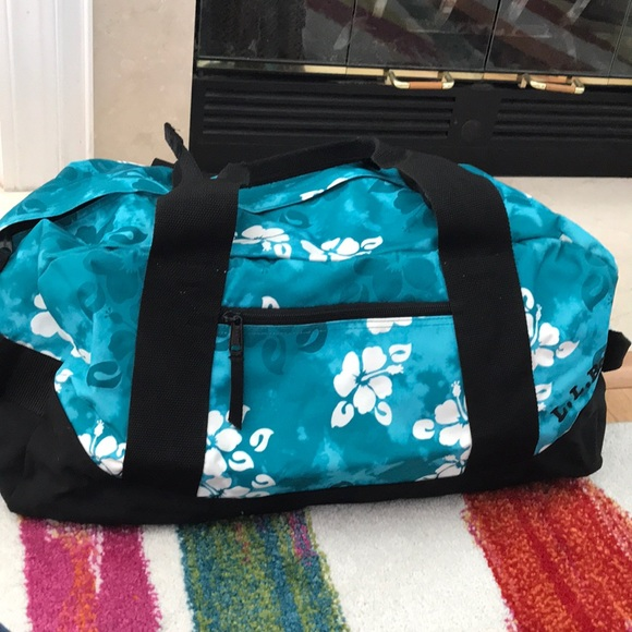 L.L. Bean Bags   Ll Bean Tropical Hawaiian Print Aqua Duffle Bag ... 81e52631ed